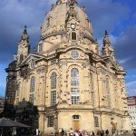wunderschöne Frauenkirche in Dresden nicht weit vom Elberadweg entfernt
