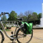 Fahrradpause im Rosengarten in Forst (c) AugustusTours